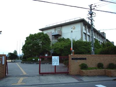 大阪府立 西寝屋川高等学校